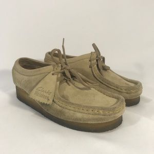 Clark's wallabees leather shoes gum sole size 8